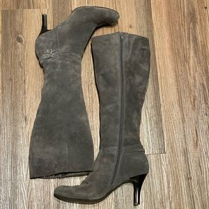 Calvin Klein Dina suede boots womens size 8.5 gray